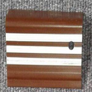 step nosing coklat list putih